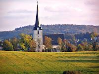 Die Westseite der Bergkirche von Schleiz