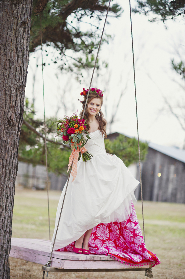 bride+groom+boho+bohemian+chic+orange+pink+yellow+rustic+valentine+valentines+day+february+winter+spring+wedding+cake+bouquet+petticoat+dress+gown+table+setting+floral+arrangement+centerpiece+tangerine+melissa+mccrotty+photography+17 - The Valentine Ombre