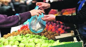 Λειτουργία των λαϊκών αγορών στη Λάρισα κατά την αργία του Αγίου Πνεύματος