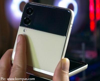 Spesifikasi Sama Tapi harga turun? Ulas Galaxy Z Flip 3