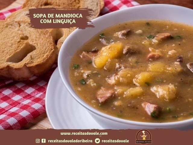 Receita de Sopa de Mandioca com Linguiça