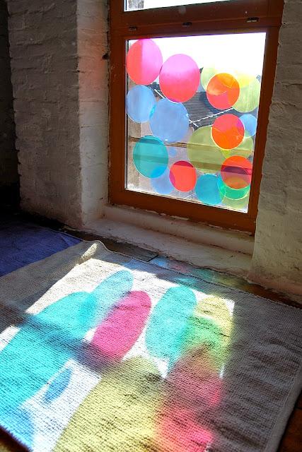 ombres lumineuses et colorées