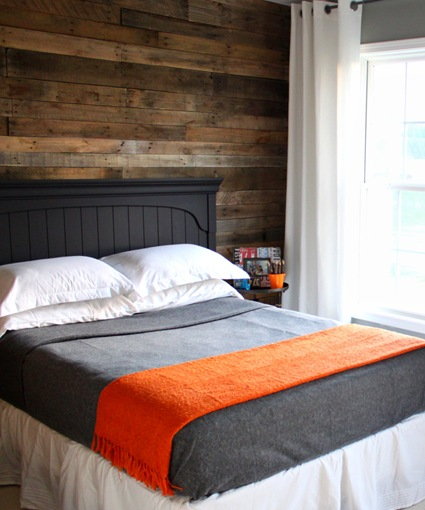Wood Accent Wall Master Bedroom: Inspiration For Creating An Accent Wall