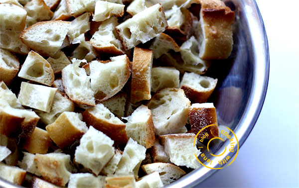 How to make Homemade baked Croutons for salads and Soups - Step by Step