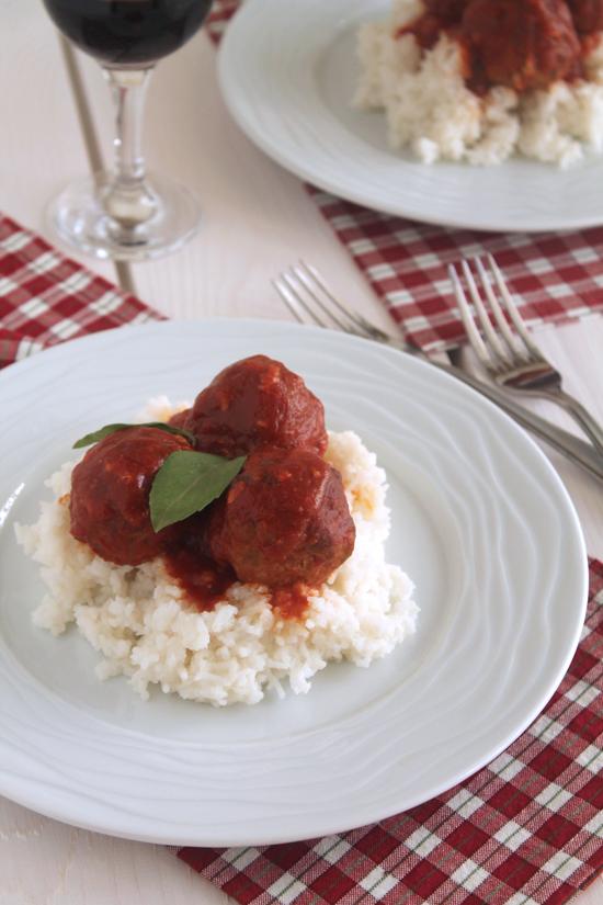 Meatballs-parmesan-sauce
