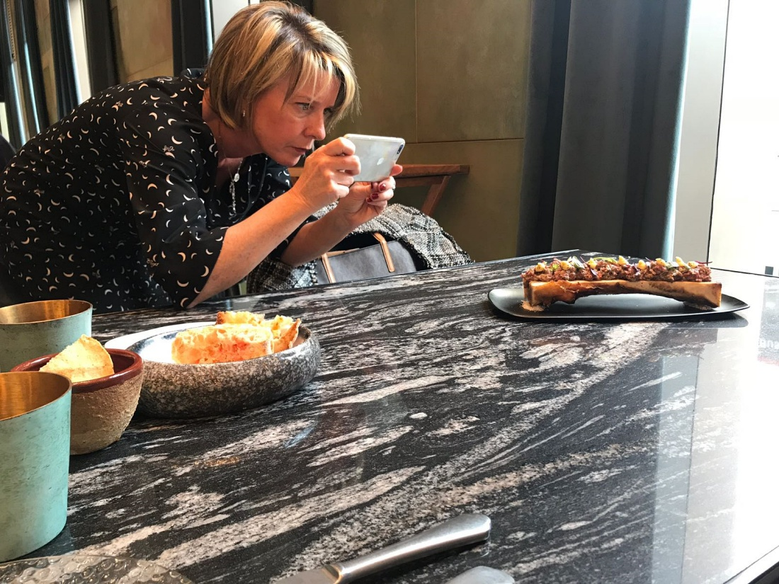 Entrevista a María Encinas, Foodie, Instagramer Gastronómica y Fundadora de María Cosbel
