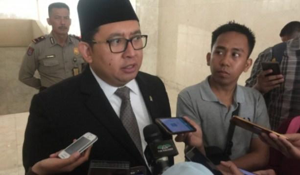 UIN Jakarta Pecat Dosen Bercadar, Fadli Zon: Bercadar Itu Hak Asasi Manusia