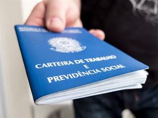 Semana começa com 93 vagas de emprego na Paraíba