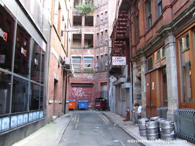 Манчестер - переулки и задние дворы