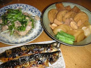 サバの一夜干し かぶ、鶏肉、厚揚げの煮物 鶏肉とかぶの葉炒め