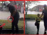 Viral! Jualan Tisu Sambil Hujan-hujanan, Cerita Bocah Ini Bikin Sedih