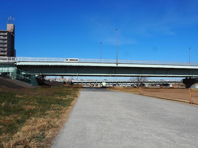 荒川自転車道 新四つ木橋