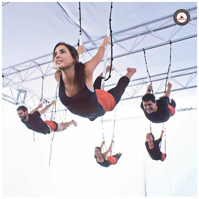 yoga aerien, aeroyoga, yoga, aeropilates, air yoga, fly, flying, pilates, fitness, remise en forme, stage, retraite, cours, formation professionnelle,