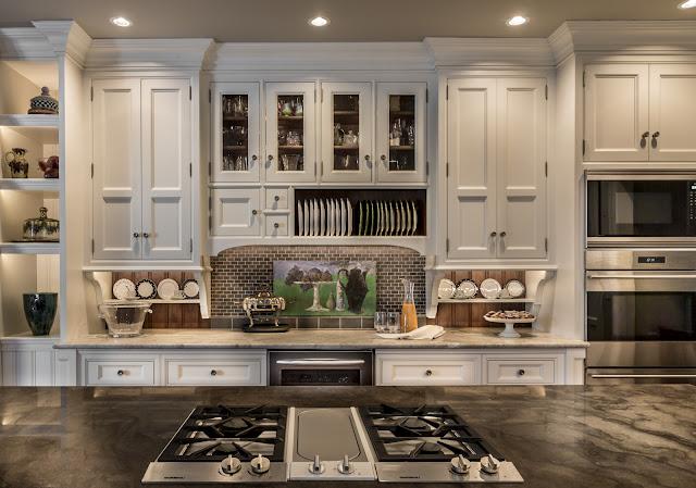 Безупречный дизайн классической кухни от PB Kitchen Design