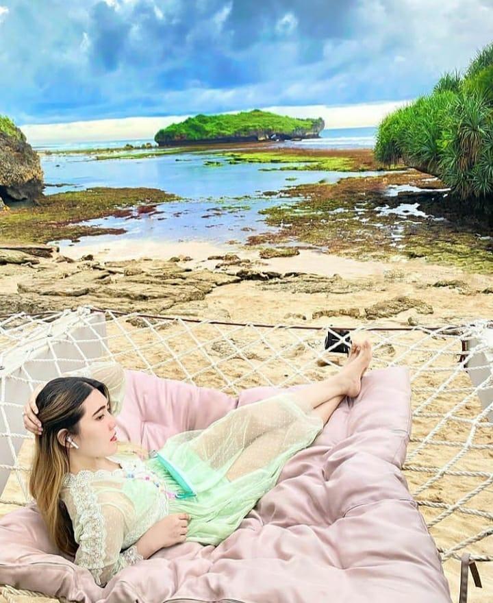Pantai Slili Gunung Kidul , Tempat Wisata Hits Yang Bakal Membuat Terpesona!