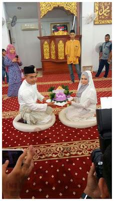 Hujung minggu yang sibuk, attend dua majlis yang sangat meriah. Majlis penikahan adik sepupu.