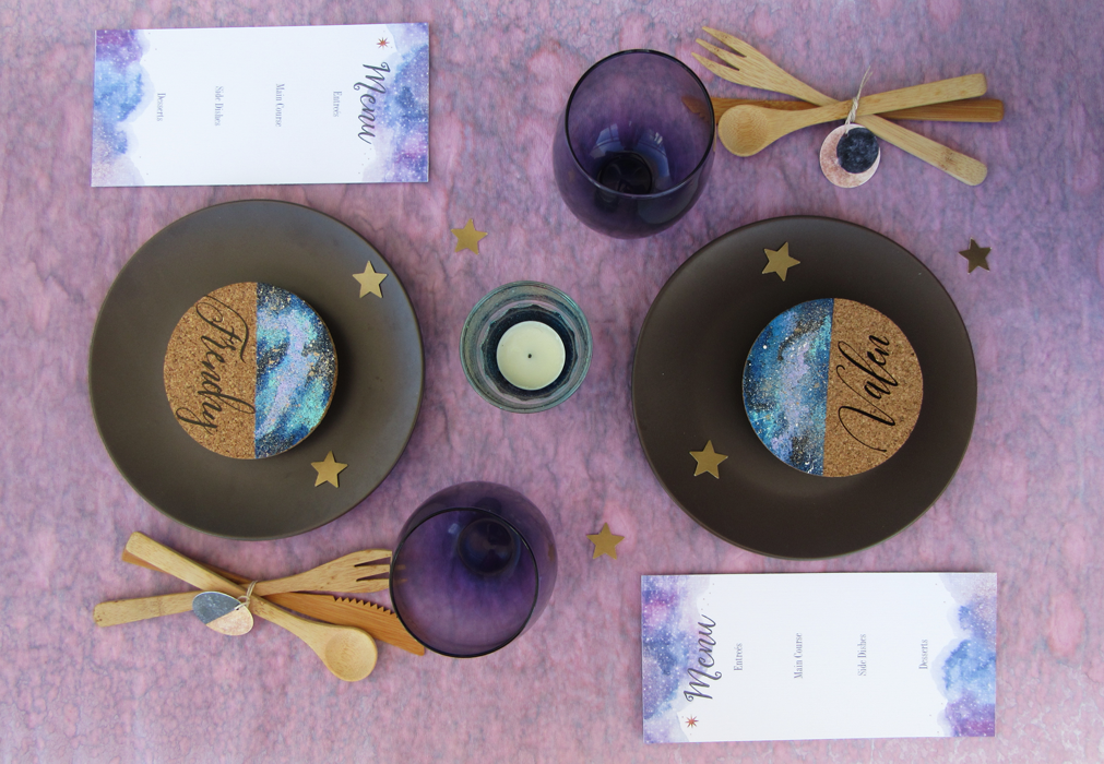 DIY, place name cards, celestial, galaxy, table set, partyblog, party planner, dinner table, NYE, cricut made, cricut