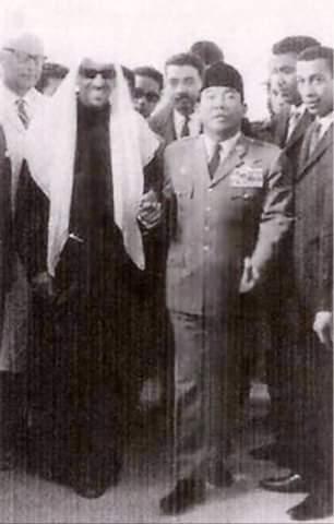 Adab Bung Karno yang Bikin Raja Arab Saudi Terkejut dan Malu!