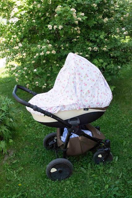 сшить защиту от солнца на коляску