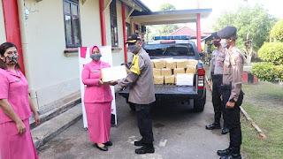 Bhayangkari Polres Lingga bantu Masyarakat kurang mampu Akibat Dampak Covid-19