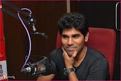 Allu Sirish at Red FM-thumbnail-5