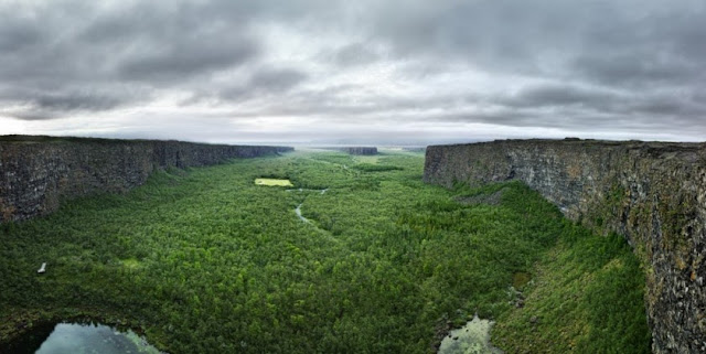 Ásbyrgi canyon travel guide: 9 Hiking trails at Ásbyrgi + Route from Ásbyrgi to Dettifoss