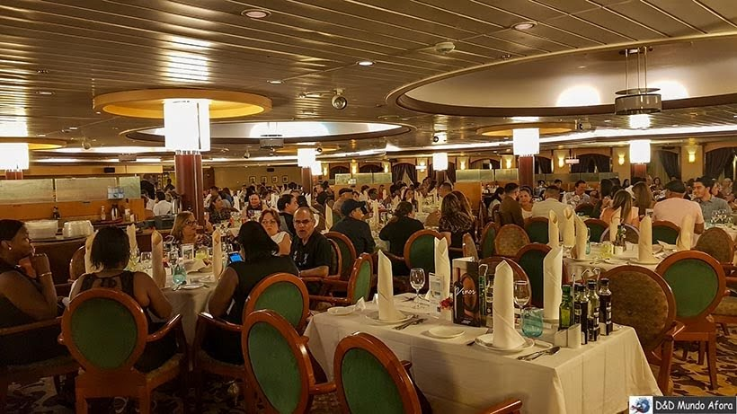 Jantar 2º dia no navio - Diário de Bordo: cruzeiro pelo Caribe