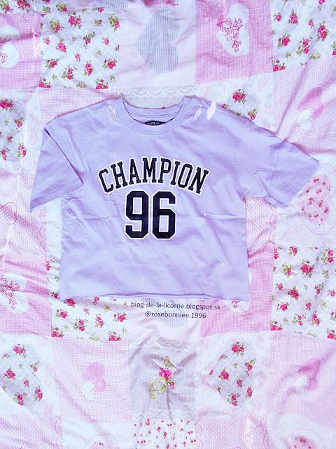 Femme Luxe Finery Lilac 'Champion 96' Slogan Print Short Sleeve T-Shirt - Nova Review Blog de la Licorne