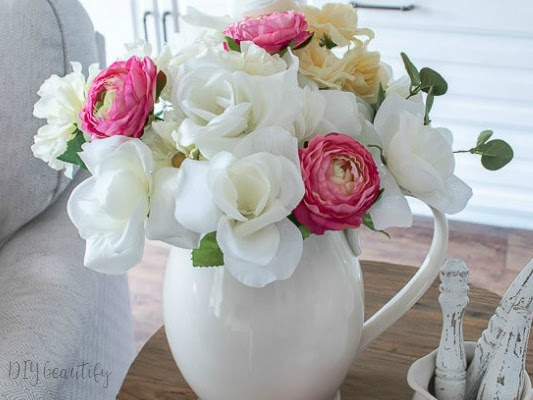 Cottage Flower Arrangement for Under $10!