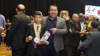 Presidente do paraíba de prêmios recebe homenagem, no melhores do esporte paraibano 2019
