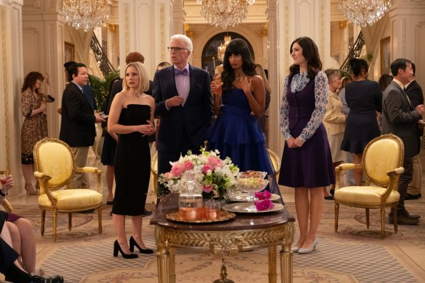 "NUP 186635 1287 595 - The Good Place (S04E01-02) ""A Girl From Arizona"" Season Premiere Preview"