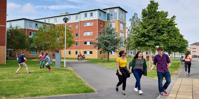 Choosing University