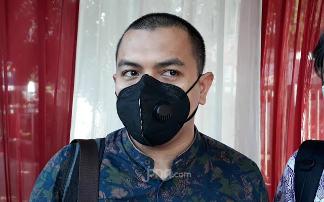 Polisi Sebut Cairan di Eks Markas FPI Bahan Pembuat Bom, Begini Reaksi Aziz