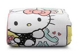 4d4882a5f843 Toalha de banho Hello Kitty Artex, 100% algodão, fio penteado, barra em  jacquard – R$ 49,90
