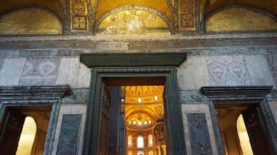 UNESCO , Komite Warisan Dunia akan meninjau status Hagia Sophia Yang Berubah Dari Museum Menjadi Masjid