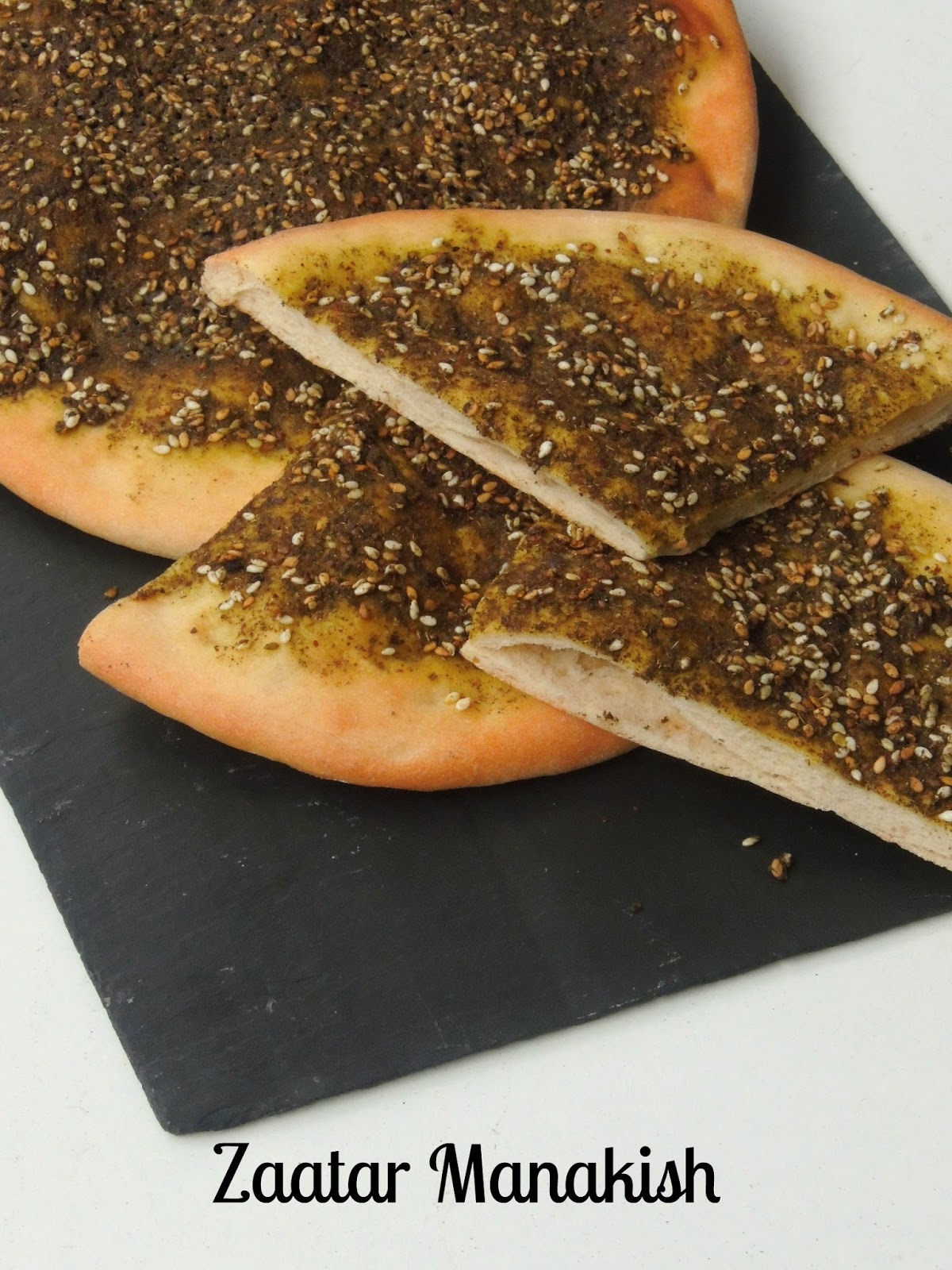 Za'atar Manakish/Manakish Zaatar/Lebanese Spiced Pita Bread