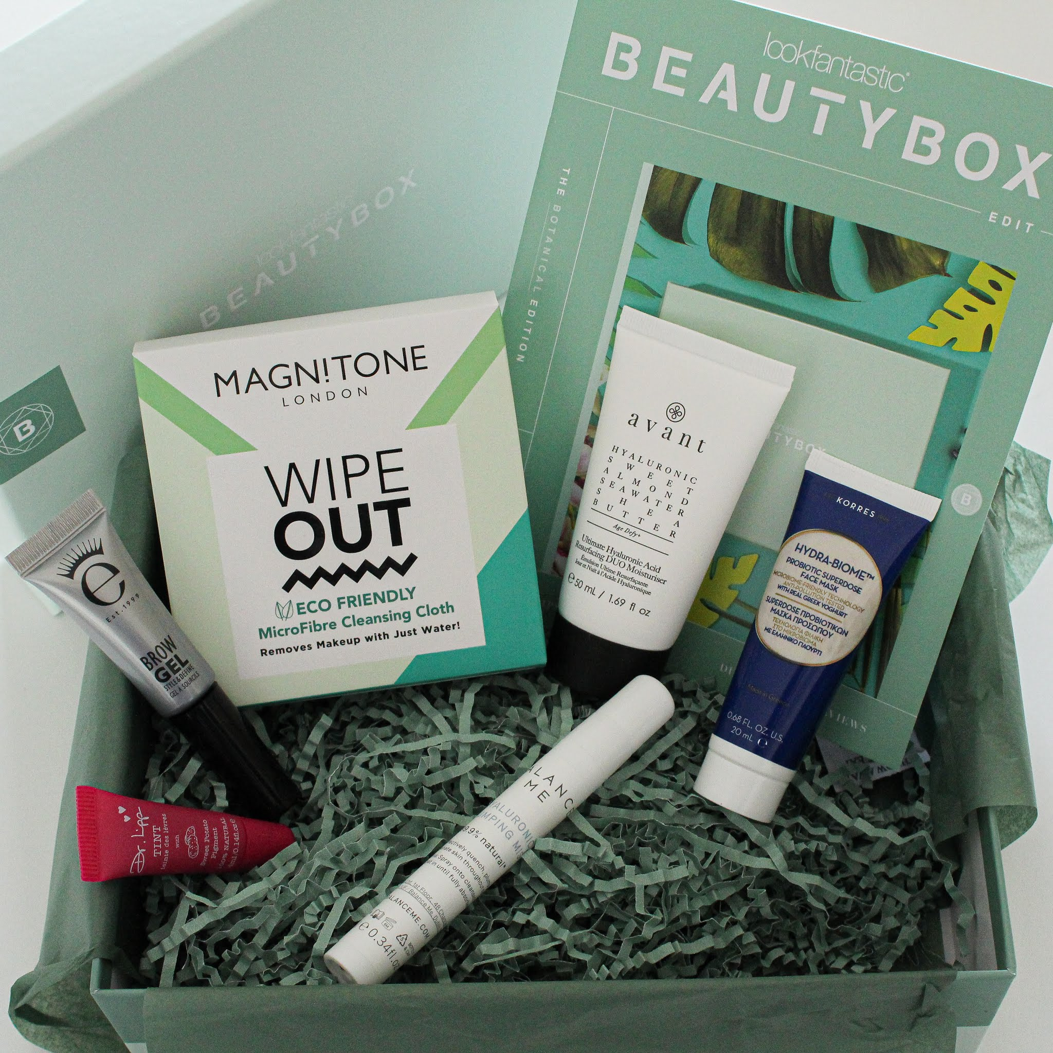 BEAUTYBOX MAIO 2020 - LOOKFANTASTIC