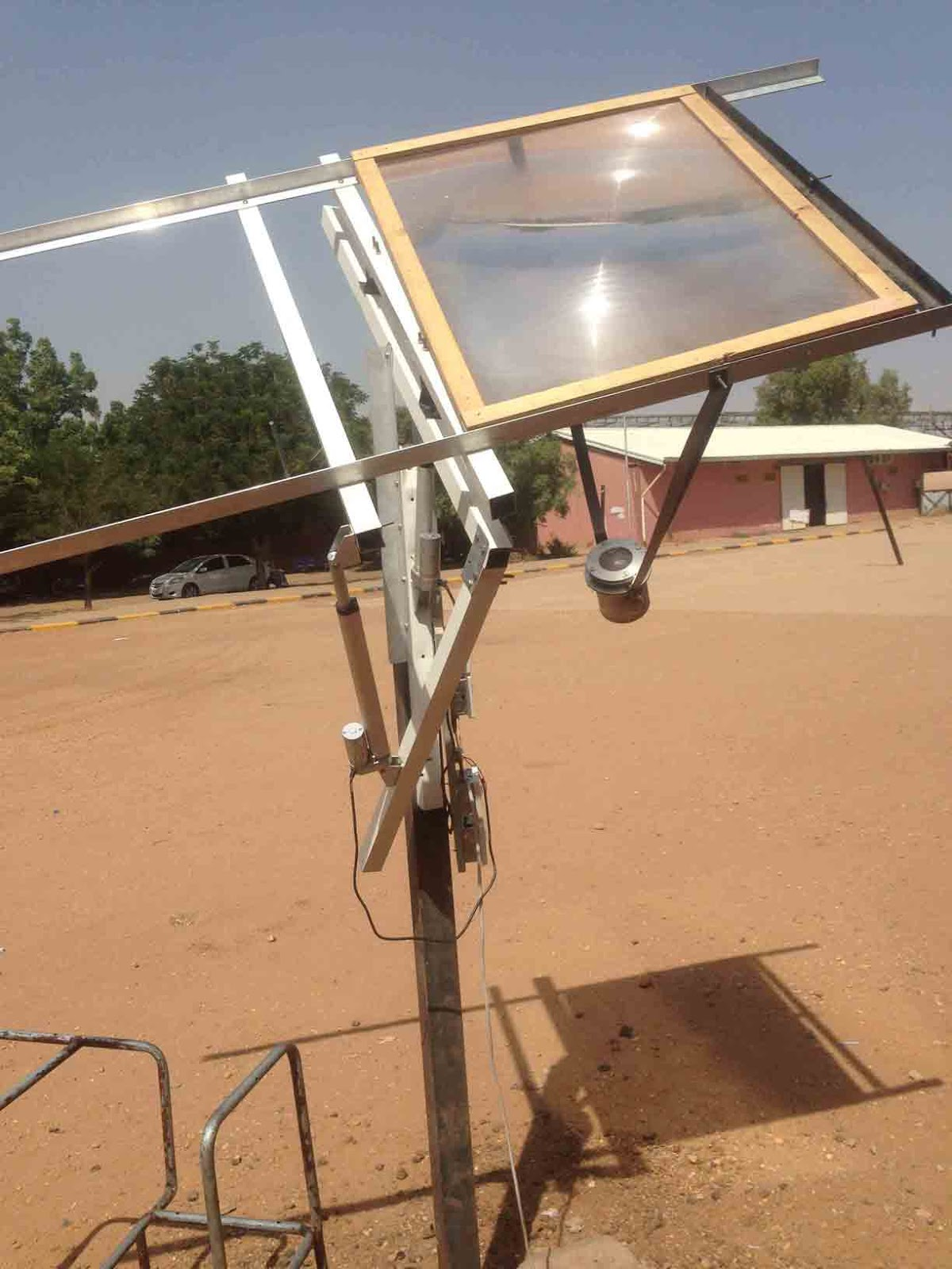 تحويل الماء وثاني اكسيد الكربون الي وقود باستخدام الطاقة الشمسية
