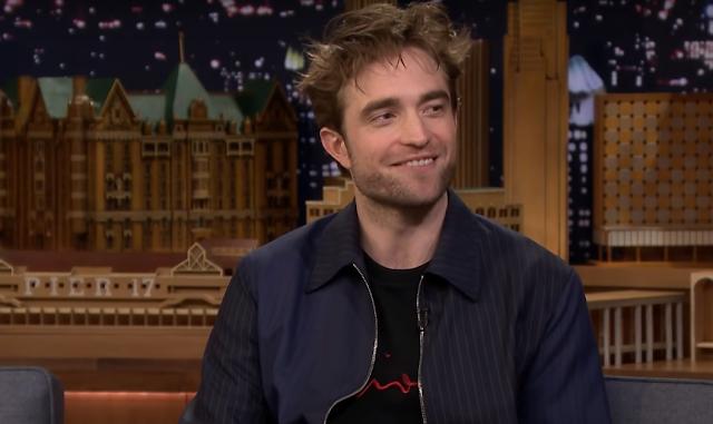 Robert Pattinson no The Tonight Show Starring Jimmy Fallon/NBC/Reprodução