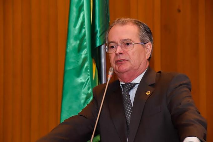 Levi Confirma Ações do Estado e Fala de Eleição em Discurso pelo Aniversário de Chapadinha