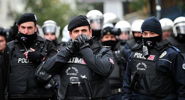 Elrendelték újabb közel kétszáz gülenizmussal gyanúsított ember letartóztatását