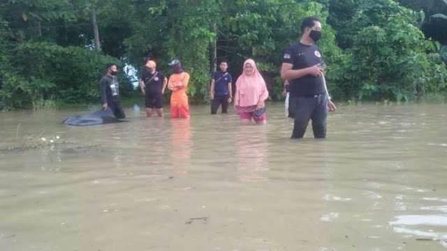 Warga Marobo Kota Palopo Terpaksa Mengungsi Akibat Banjir yang Tak Kunjung Surut