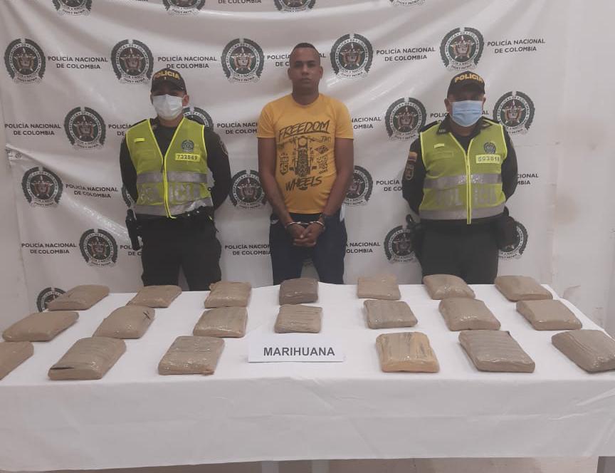 hoyennoticia.com, Con 10 kilos de marihuana cayó jíbaro en Riohacha