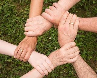Kohesivitas: Pengertian, Aspek-aspek, dan Faktor yang Mempengaruhi Hubungan Antara Anggota Kelompok