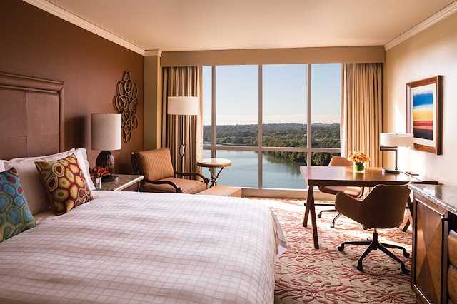 Four Seasons Hotel Austin offers 294 spacious hotel guest rooms, including 33 suites, all with exceptional views of the lake or Austin cityscape.