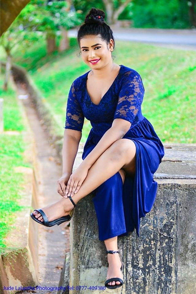 Sinhala Wal - Sri Lankan Sexy Girls Pictures, Photos and Videos: Ayeshani Dulangi