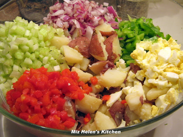 New Potato Salad at Miz Helen's Country Cottage
