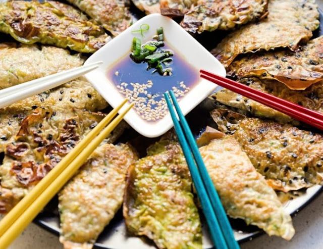 Easy Keto Potstickers with Asian Dipping Sauce #healthy #keto