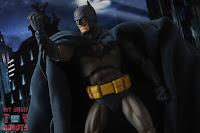 MAFEX Batman (Batman: Hush) 33
