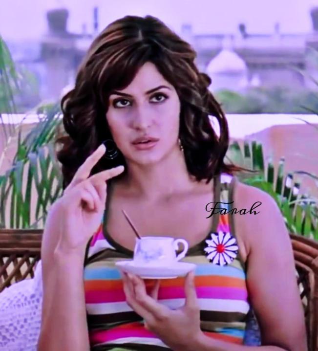 Actress Katrina Kaif Slaying in a Hot Top